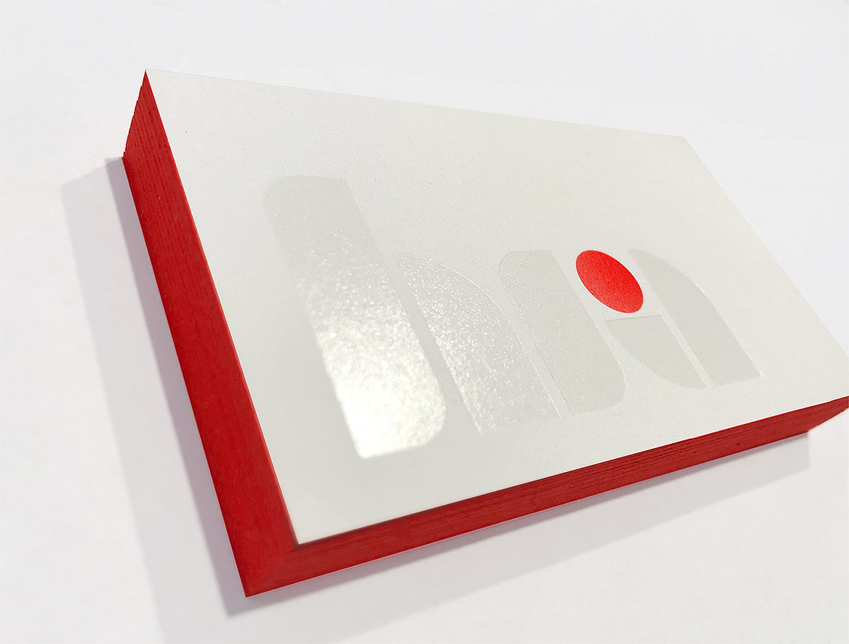 hr-asset-business card-close-up
